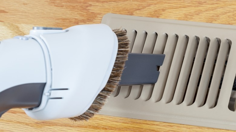 cleaning heater vents