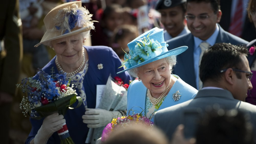 Queen Elizabeth with her maid of honor