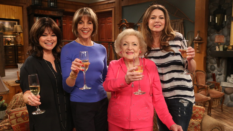 Betty White Hot in Cleveland cast