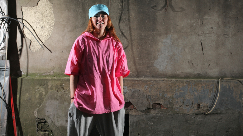 woman in baggy clothes