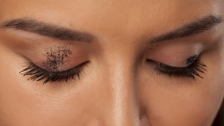4cd684c02b4 10 mascara mistakes you're probably making