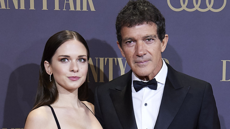 Antonio Banderas' daughter Stella posing with her father on the red carpet
