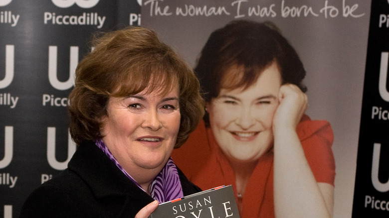 Susan Boyle with book