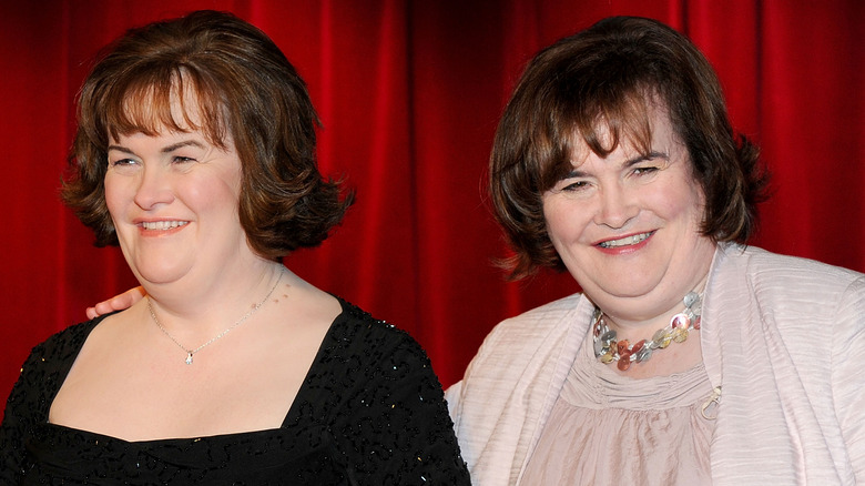 Susan Boyle with her wax statue