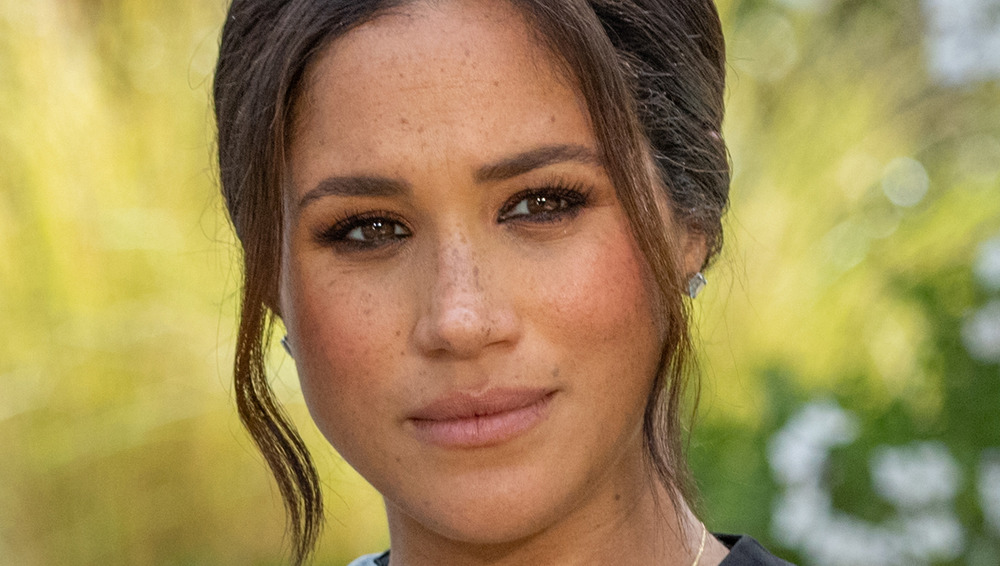 What Meghan Texted Oprah As The World Watched Her Tell-All Interview