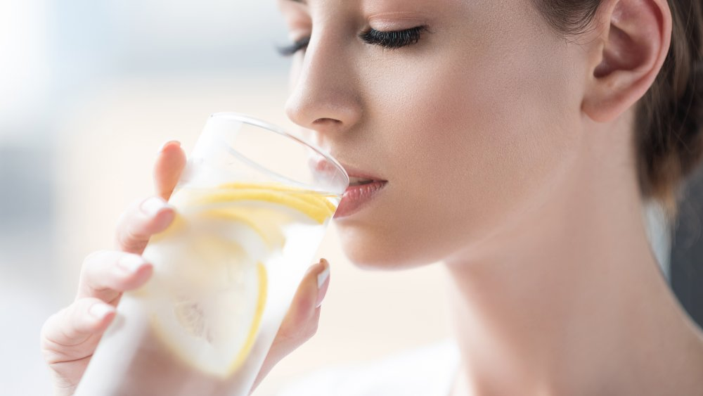 When you drink lemon water every day, this is what happens to your body