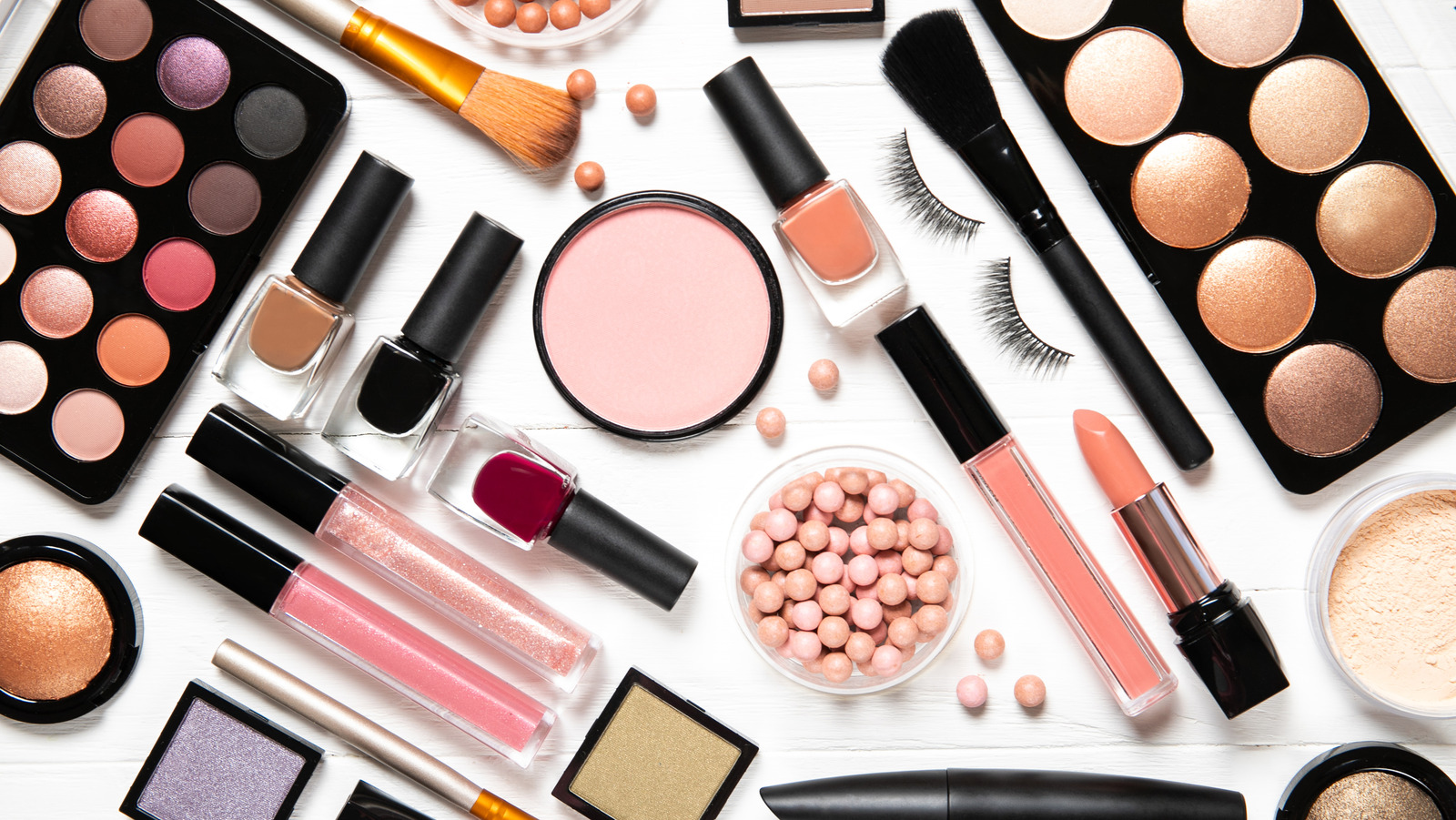 Microme Cosmetics is Makeup With Provenance — The Dieline